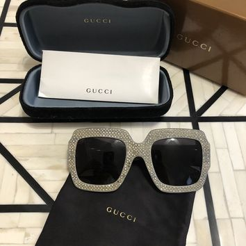 Authentic Gucci GG 0048S Crystal Rhinestone Silver Women Sunglasses Pre-Owned