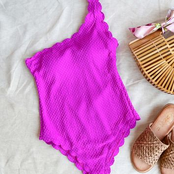 sunshine - scalloped one piece - magenta