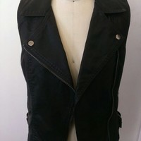 Topshop's Size 8 Black Sleeveless Faux Leather Jacket