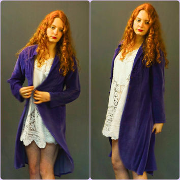 Long velvet kimono robe / vintage lace appliqué duster in soft lilac purple / Steve nicks concert / made in India