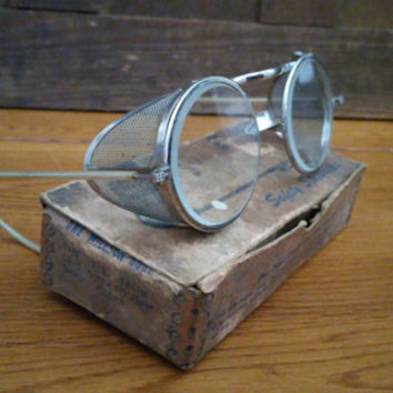 Vintage Victorian Steampunk Motorcycle Style Wilson Safety Spectacles Goggles With Metal Mesh Blinders In Original Box