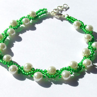 Beadwoven Bracelet, Beaded Bracelet, Green and White Bracelet, Prom Accessory, Prom 2015, Seed Bead Bracelet, Mother of the Bride Jewelry