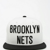 Urban Outfitters - Mitchell & Ness NBA Snapback Hat
