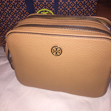 BRAND NEW!!! Tory Burch Robinson Pebbled Double-Zip Cross-Body