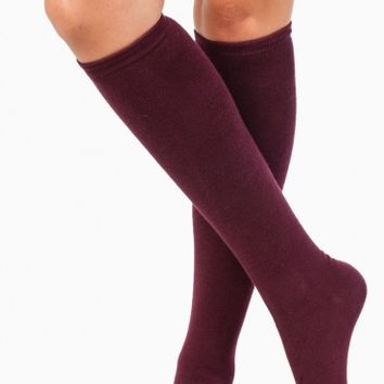 LAYNE KNEE HIGH SOCKS IN BURGUNDY
