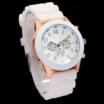 Stylish Jelly Silicone Strap Casual Wrist Watch Men Women Unisex H9179 = 1652910212