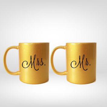 Mr. and Mrs. Gold Mugs, Mr. and Mrs. Mug, Wedding Gift, Valentines Gift, Anniversary Gift, Gold Gift, Gold Anniversary, Engagement Gift
