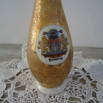 Speckled Gold Vase Royal Porzellan Bavaria KM Germany Hamburg City Coat of Arms Small Handarbeit Vase