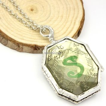 HP Snake Necklace