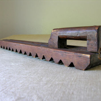 Antique Laundry Mangle Mangling Board Hand Made Carved Household Tool Wooden Handmade Primitive Rustic Graphic