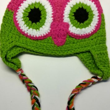 CROCHET HAT -  HOT PINK / GREEN OWL