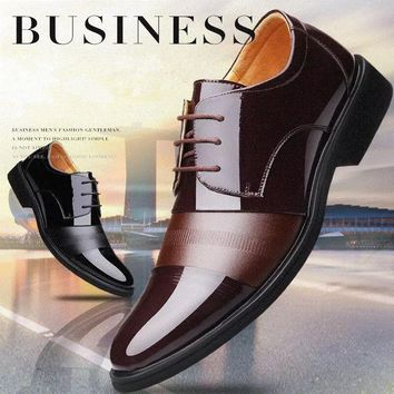 2018 New Design Men Shoes Fashion England Men Leather Shoes Formal Shoes Oxford Shoes Breathable Shoes Male Fashion Lace Up Wedd