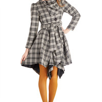 Run the Showroom Coat in Plaid | Mod Retro Vintage Coats | ModCloth.com
