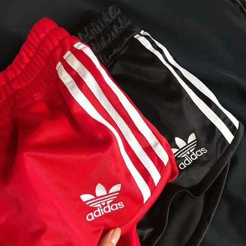 Adidas Originals Classic Trending Women Casual Sports Three Stripe Shorts I