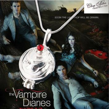 Vampire Diaries Elena Gilbert Necklace & Pendant