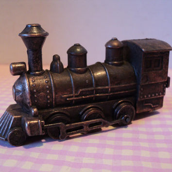 Train Locomotive Engine Brass Miniature Vintage Pencil Sharpener Replica Steam Train Engine Home or Office Desk Decor Railroad Memoribilia