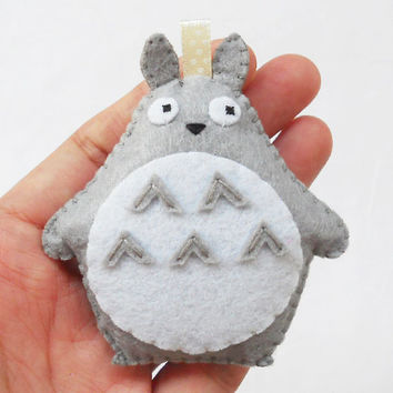 Felt totoro ornament, keychain, key ring, bag charm
