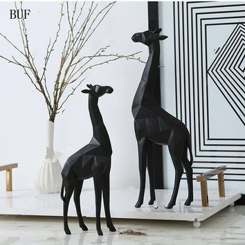 BUF Modern Abstract Giraffe Statue Resin Ornaments Home Decoration accessories Gift Geometric Resin Giraffe Sculpture