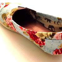 Floral Toms- Polka dots, beautiful sky blue floral fabric