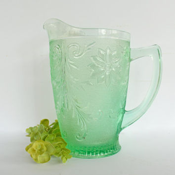 RARE Chantilly Green Pitcher, Vintage Light Green Beverage Pitcher, Sandwich Pattern by Indiana Glass and Tiara