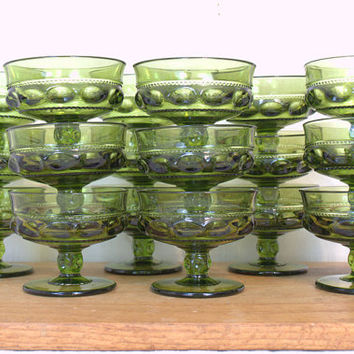 King's Crown Thumbprint Green Dessert Bowls, Spring Green Easter Table Decor,  Emerald Colored Indiana Fruit Cups