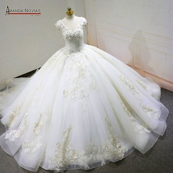 robe de mariee Cap Sleeve Lace Appliques V-Neck Beading Fluffy Ball Gown Wedding Dress