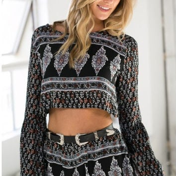 Black Vintage Print Long Sleeve Cropped Top and Shorts