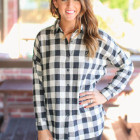 Simple Melody Flannel - Black and Ivory