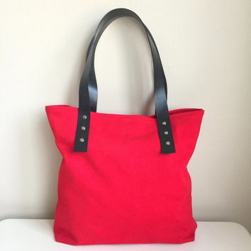 Red Canvas Bag,Red Canvas Tote,Zippered Canvas Tote,Leather Strap Tote,Canvas Weekend Bag,Valentine's day gift,Red Shoulder Bag,Red Handbag