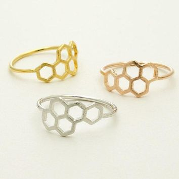 Women's Dainty Simple Ring Daisies Honeycomb Shape Hexagon Finger Ring