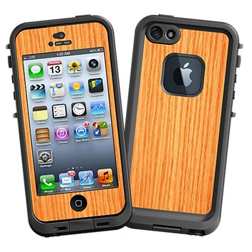 Rift Sawn Red Oak Skin for the iPhone 5 Lifeproof Case by skinzy.com
