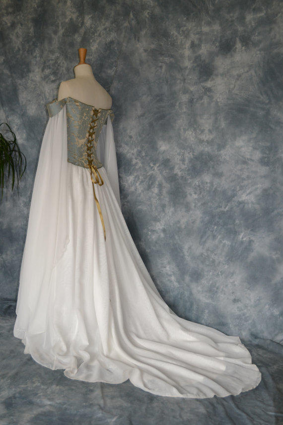 Beth a medieval elvish renaissance from frockfollies on for Elven inspired wedding dresses