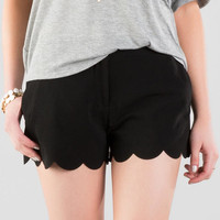 Betsy Scalloped Shorts