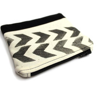 Hand Stamped Pouch, Chevron Pouch, Small Makeup Bag, Two Tone Pouch, Cotton Coin Purse, Arrow Pouch, Small Cosmetic Bag, Gadget Holder