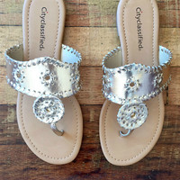 You Don't Know Jack Sandals in Gold