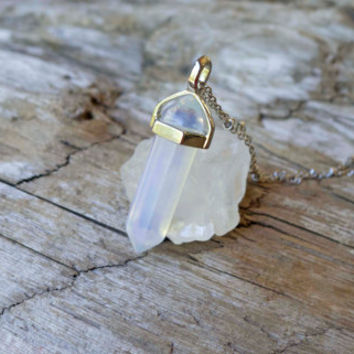 Long gemstone necklace, boho, opal, crystal, silver, gemstone point, opal pendant, white pendant, mineral