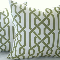 Trellis Pillow Cover light grey with Samba apple overlapping trellis design 18x18