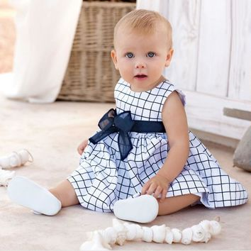 2017 New Arrived Baby Girls Dresses White Plaid Kids Dress with tutu Bow-knot Fashion Summer Cotton Children Clothes