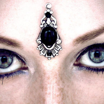 Hecate Bindi, goddess, pagan, wicca, tribal fusion, dark fusion, silver, black, bellydance costume, gypsy, fantasy jewelry, forhead jewelry