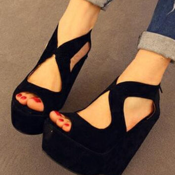 Bella Black Wedges