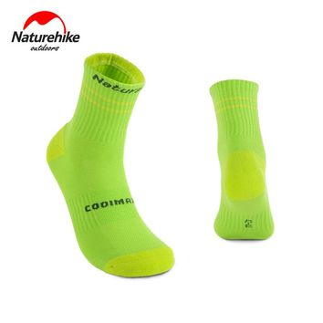 Naturehike Unisex Coolmax Breathable Outdoor Sport Socks Sweat Absorbing Quick-dry High Strength camping hiking Socks