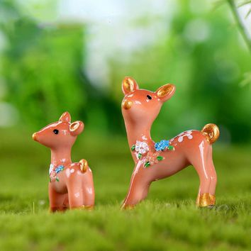 2Pcs/Set Mini Deers Miniature Resin Figurines Fairy Garden Animals Bonsai Moss Terrarium Landscape Ornaments
