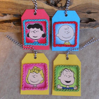 Crochet-framed Peanuts Charlie Brown Lucy Sally Linus Gift Tags (set of 4)