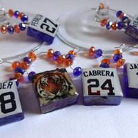 Detroit Tigers Wine Charm Set - Glass Cube