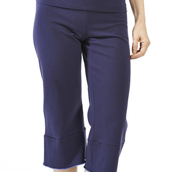 Slit-Back Yoga Capri