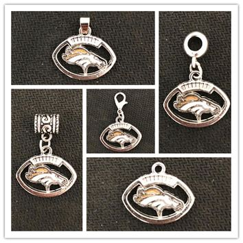 USA Football Team Denver Broncos Dangle Charms Sports Hanging Floating Charm For DIY Bracelet Necklace Pendant Jewelry 20PCS
