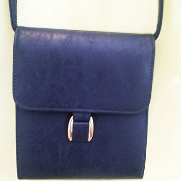 dark blue leather like shoulder bag purse, vintage purse, vinyl handbag purse accordian pockets 1990s