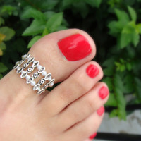 Toe Ring - Big Toe - Pearls - Decorative Silver Metal Beads - Stretch Bead Toe Ring