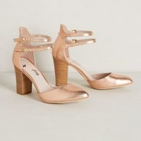 Vidigal Heels by Farylrobin Gold 7 Heels