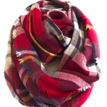 Bundle Me Up Scarf | Red
